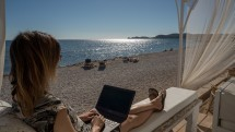 Are you a digital nomad? Let's meet:-)! Picture