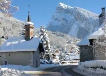 Ski /Mountain week end in Samoens Village Picture