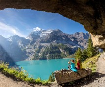 Hiking to Oeschinensee Picture