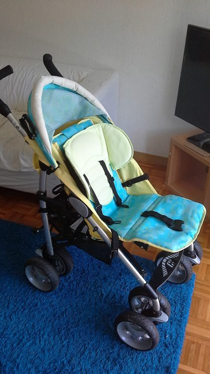 a69b7a95333 hello all.im from Lausanne.i have a second hand but almost in new conditon  chicco stroller.reply me if anyone interested.
